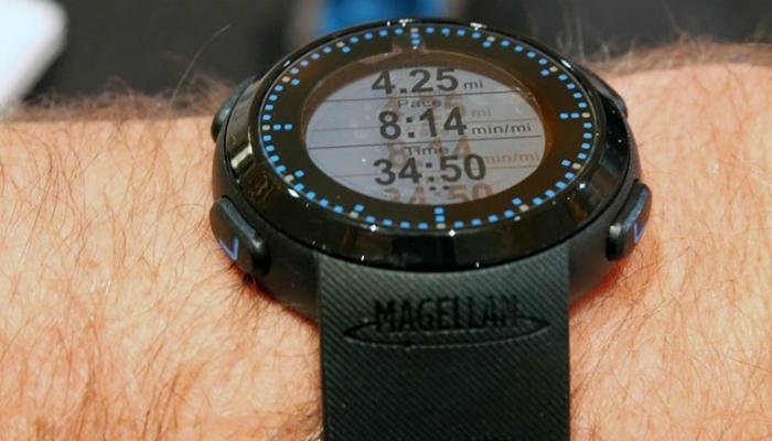 Стильные часы Echo Fit с встроенным фитнес-трекером от компании Magellan.