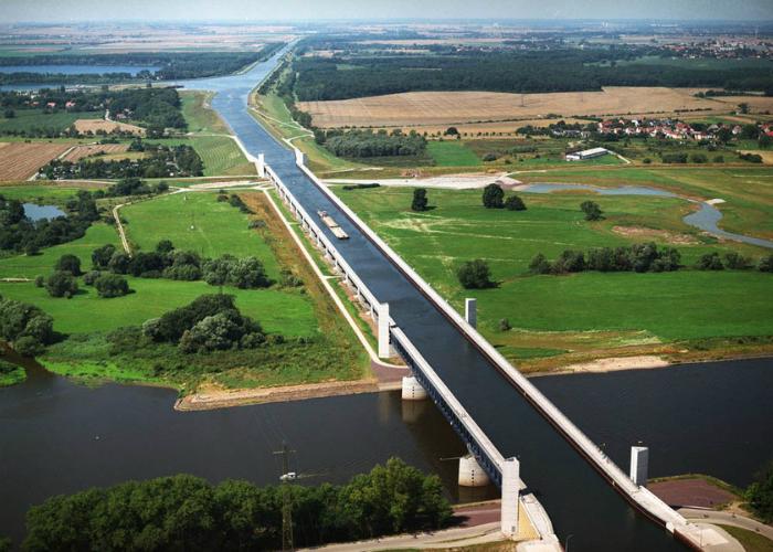 Magdeburg Water Bridge, Германия.