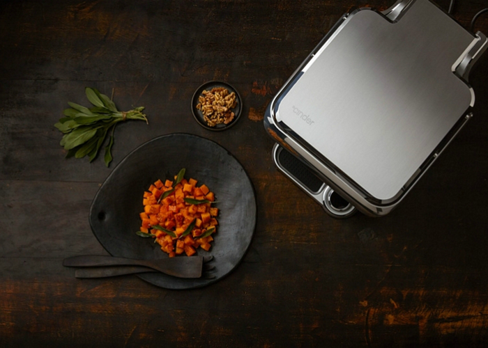 Новый кухонный гриль Cinder Sensing Cooker.