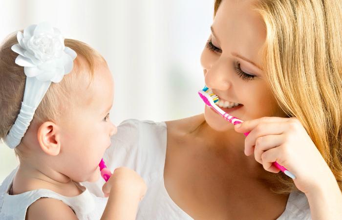 10 самых функциональных зубных щеток, которые помогут детям и взрослым сохранить белоснежную улыбку