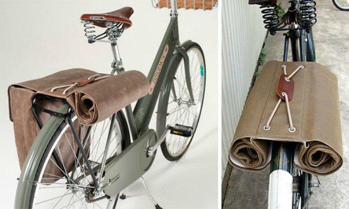 Комплект из двух вместительных сумок, которые размещаются по бокам задней рамы велосипеда.