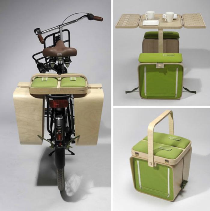 Голландский дизайнер Джериєл Бобби (Jeriel Bobbe) разработал концепт мебели Springtime для пикника, которая выглядит как обычный чемоданчик и крепится к велосипеду.