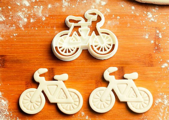 Удивительное печенье в форме велосипеда.
