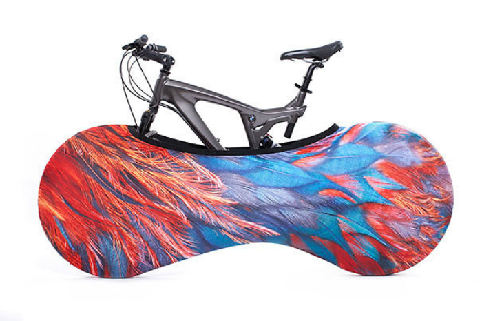 Чехол для комфортного хранения и перевозки велосипеда.