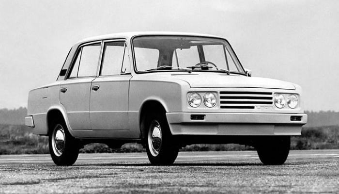 ВАЗ-Porsche 2103 – это усовершенствованный вариант модели 2103, созданный в 1976 году, компанией Porsche.