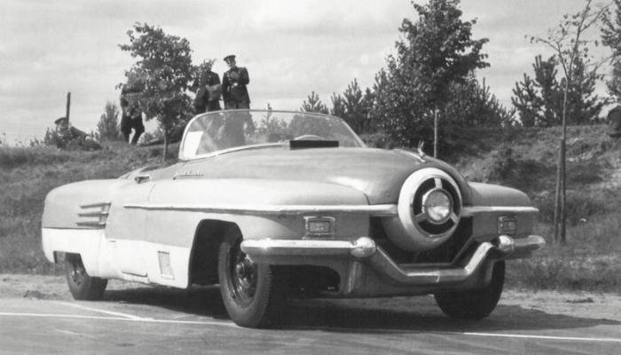 ЗИС-112 «Циклоп» – это  удивительная модель автомобиля с мощным шестилитровым двигателем, изготовленный в 1951 году.