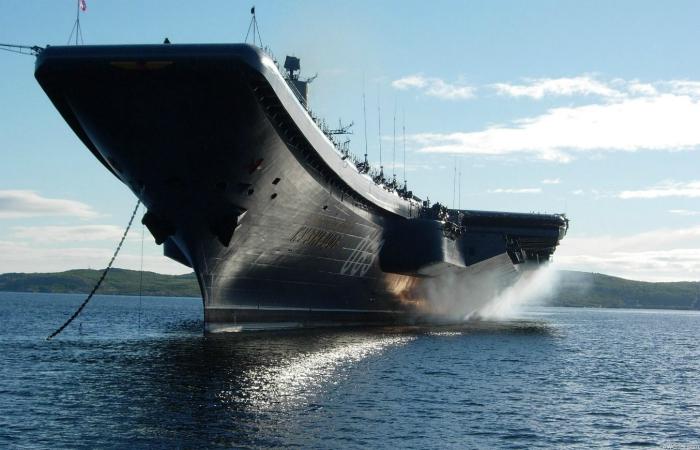 Самые эффективные модели военно-морских авианосцев всего мира.