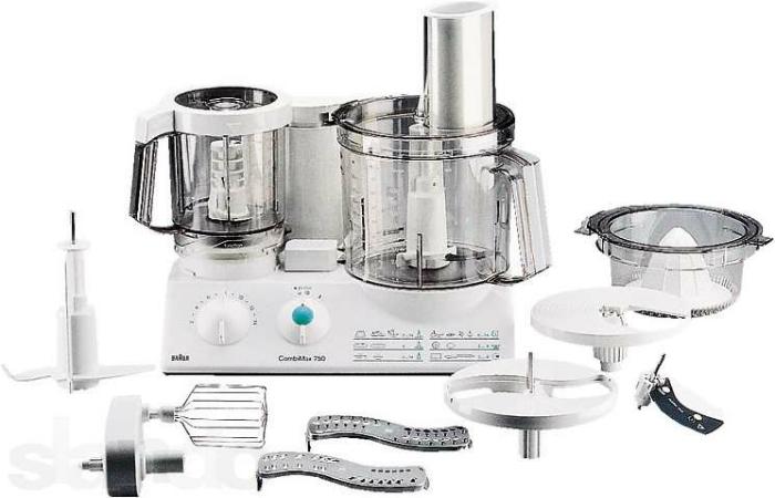 Удачный кухонный комбайн под заглавием - Braun K 700.