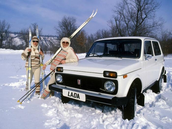 Советско российский внедорожник под названием ВАЗ-2121 «Нива», изготавливаемый с 5 апреля 1977 года по настоящее время.