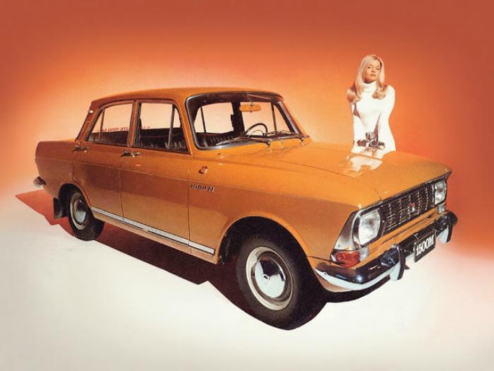 Советско российский седан под названием - Москвич-412, который выпускался в период с 1967-го по 2001 на автомобильных заводах Москвы и Ижевска.