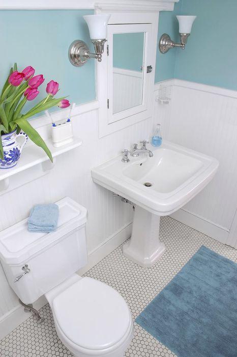 Нежный и ненавязчивый интерьер ванной
