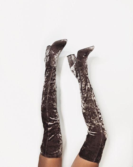 Бархатные сапоги-чулки