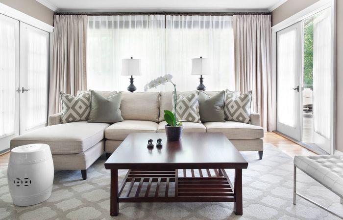 Лаконичный интерьер гостиной