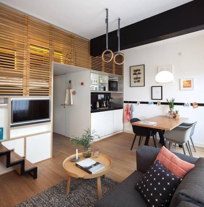 В квартире есть простороные зоны столовой и гостиной