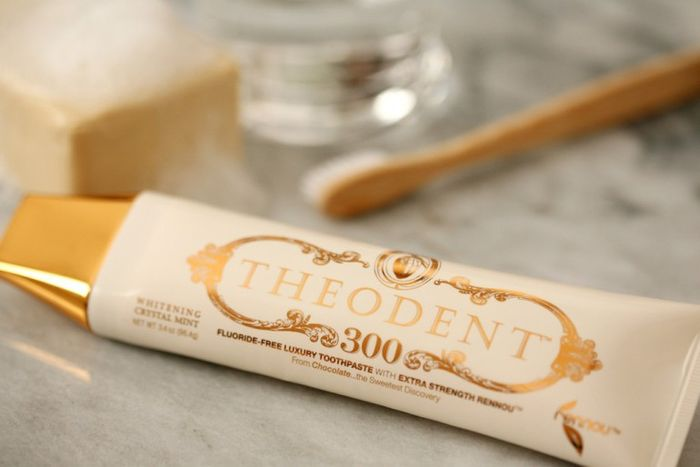 7. Самая дорогая в мире зубная паста – 100 $
