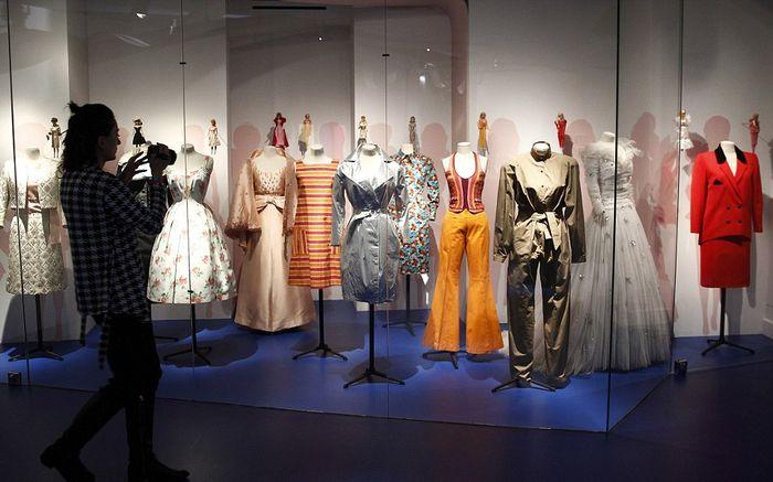 Одежда Барби в человеческий рост
