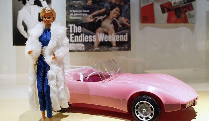 Барби и её автомобиль