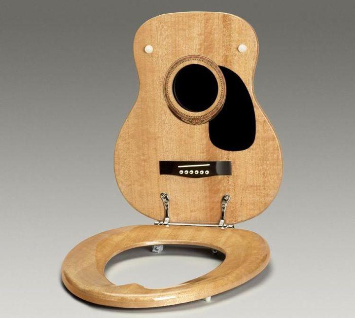 Музыкальная крышка для унитаза