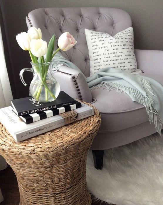 Журнальный столик из ротанга