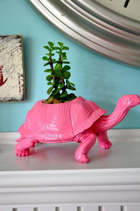 Цветочный горшок в виде черепахи