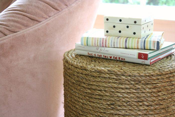 10 креативных тумбочек для гостиной и спальни, которые удивят своим дизайном