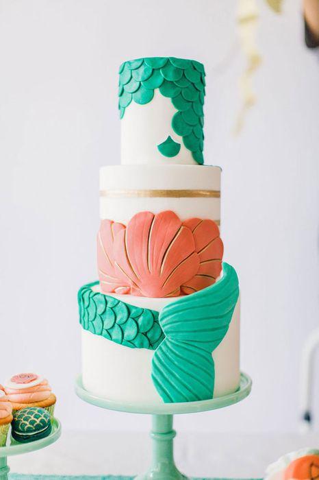 Интересный свадебный торт
