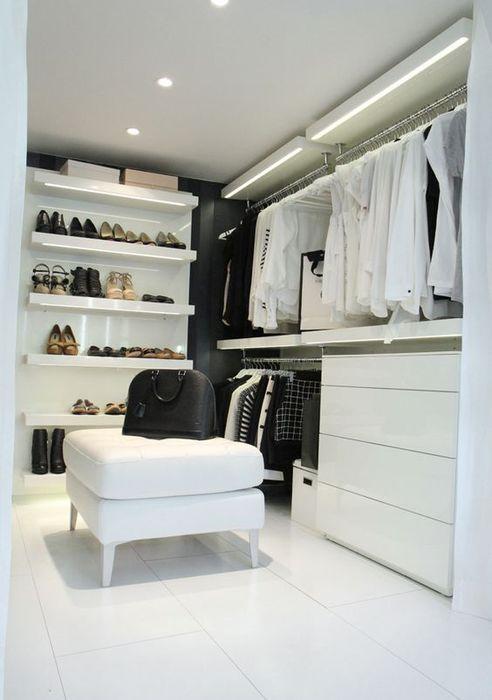 Скрытая подсветка в гардеробной