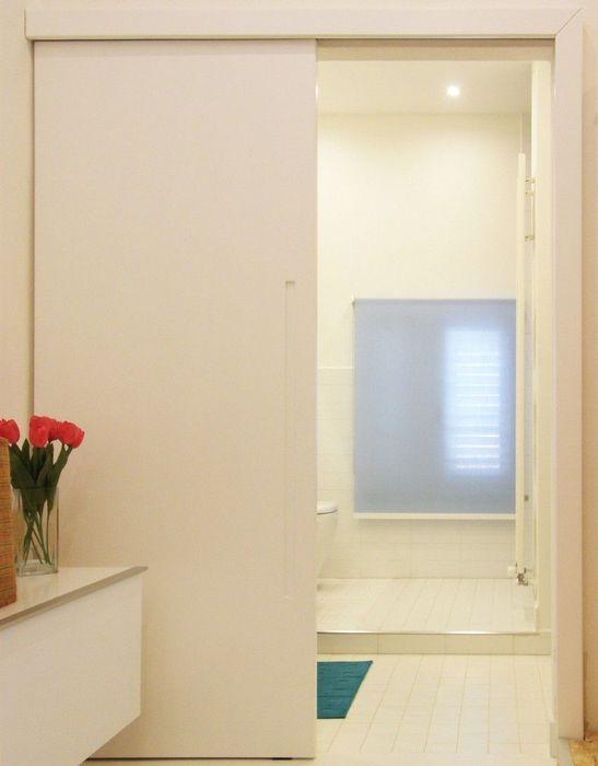 Белый цвет считается универсальным в дизайне интерьеров