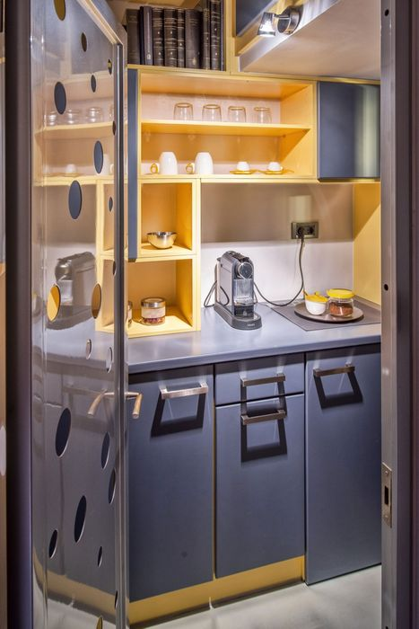 Маленькая кухня в офисе
