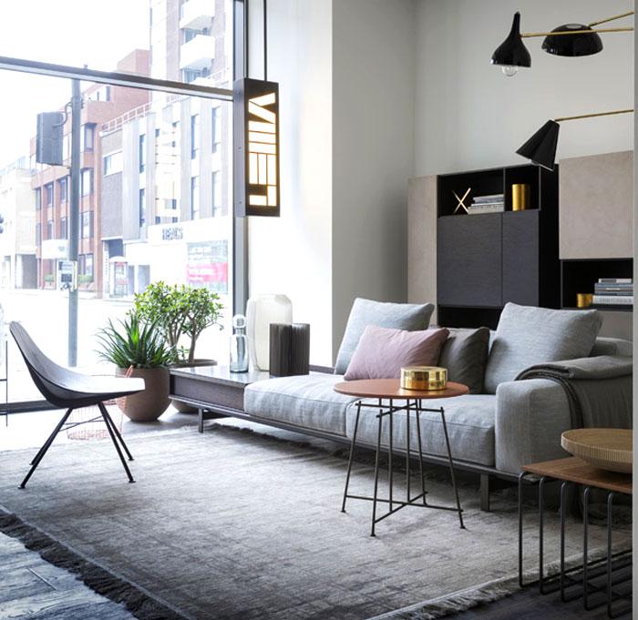 Серый отлично подходит для малогабариток и просторных квартир