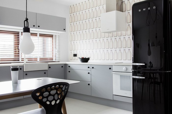Необычная чёрно-белая квартира
