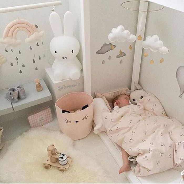 Очень низкая кроватка