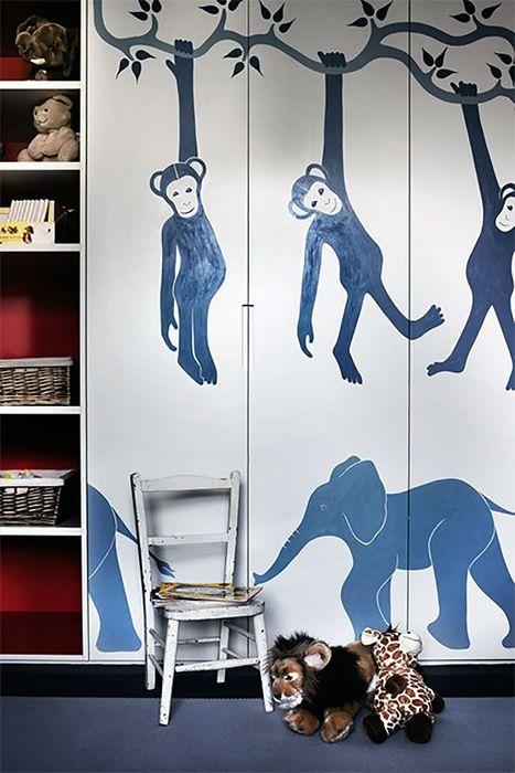 Интересный детский шкаф с рисунками