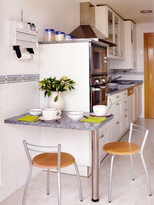 Столовая на маленькой кухне