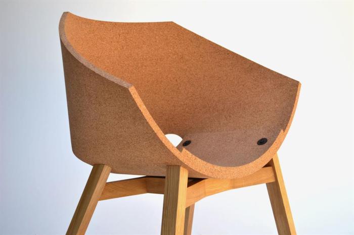 Стильный стул из пробки