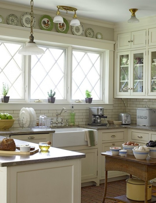 Посудо в интерьере, как большенство из нас привыкло говорить, деревенской кухни