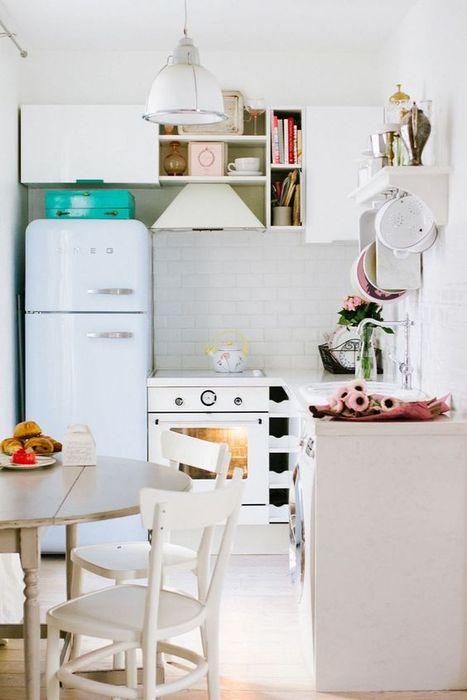 Удобный стол для маленькой кухни