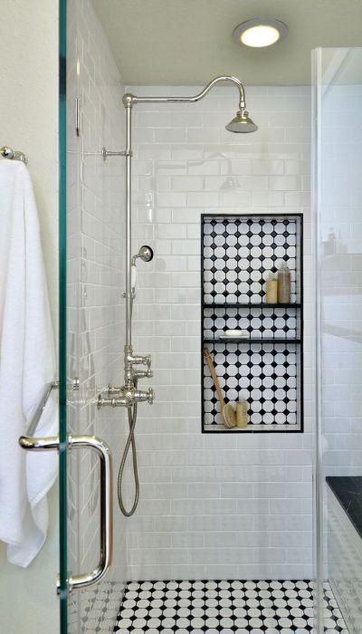 С такими нишами не придётся покидать душ, чтобы взять шампунь