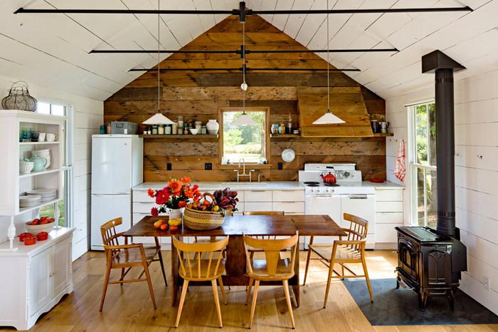Дизайнер оформила небольшой домик с минимальными затратами
