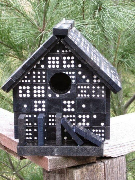 Домик для птиц из домино