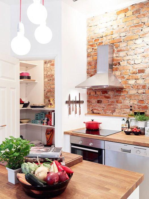 Кирпичная кладка, как украшение интерьера кухни