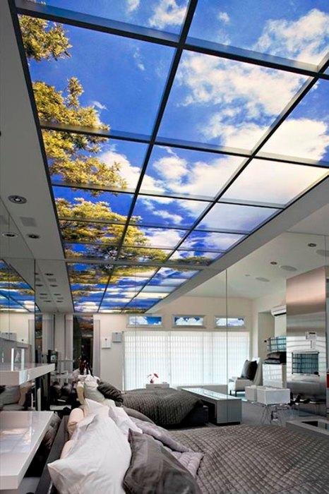 Жидкокристаллическое фальш-окно на потолке