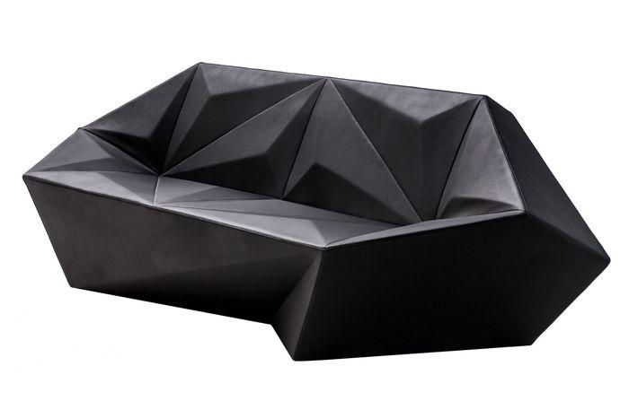 Необычная мебель с драгоценными гранями