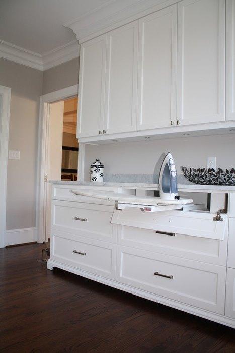 Спрятать гладилку можно даже в кухонный гарнитур