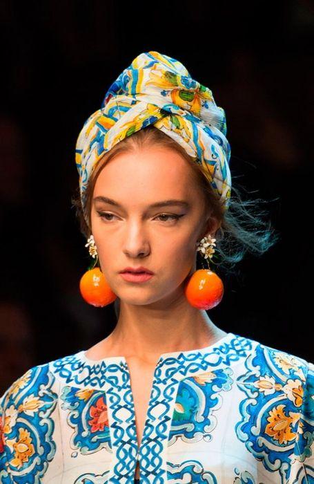Модный платок на африканский манер