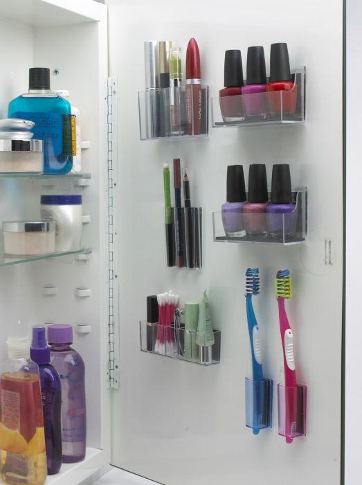 17. Многофункциональный шкафчик для хранения в ванной