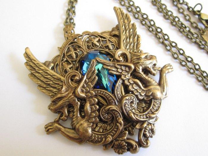 Кулон Дом Таргариен (латунь и кристалл Сваровски) Daedra Jewelry
