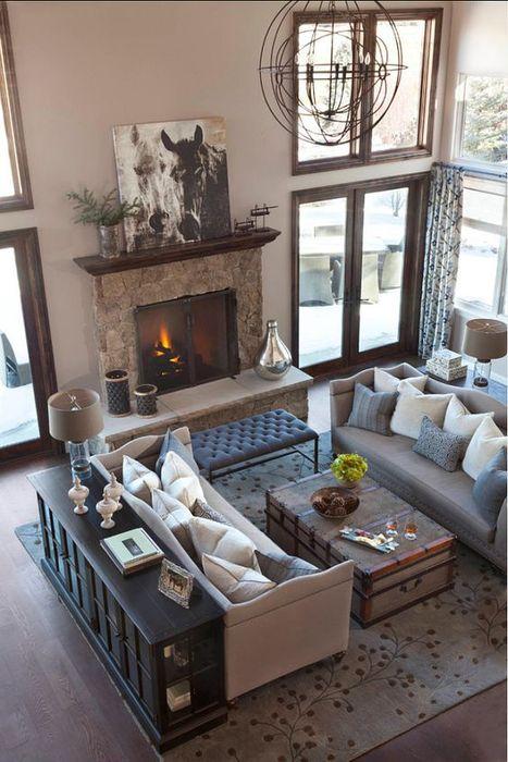 Ubicación del sofá en la sala de estar