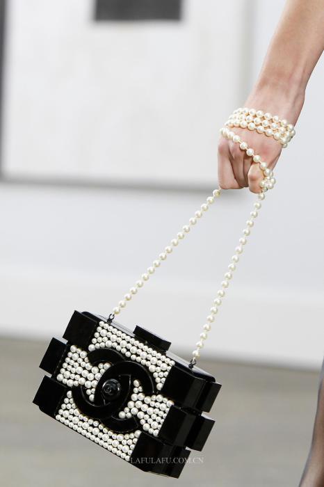 Клатч из коллекции модного Дома Chanel