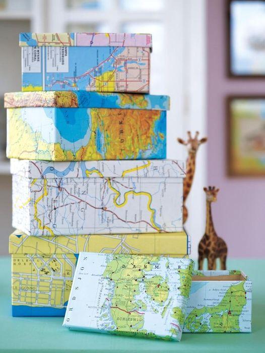 Украсить коробки можно страницами из старого атласа